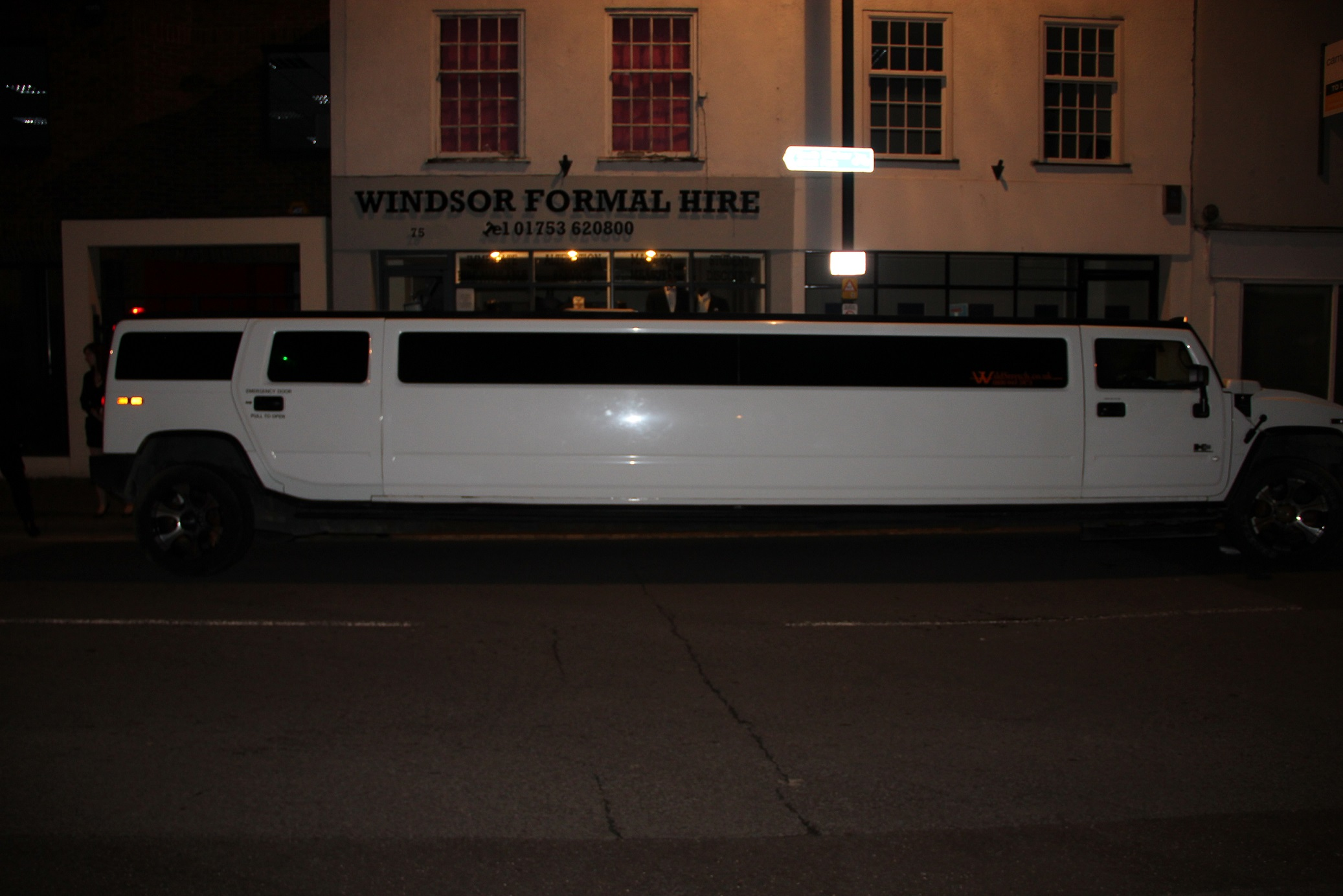 Stretch Hummer to Awards Party